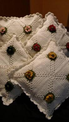 Úžitkový textil - Kvarteto - háčkovaný vankúš - 10315922_