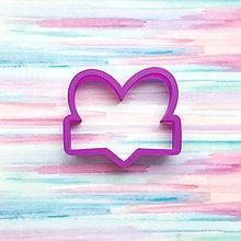 Pomôcky - Vykrajovačka Srdce menovka - 10351030_
