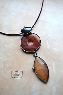 Náhrdelníky - cínovaný prívesok s karneolom, hematitom a achátom - 10353569_