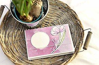 Papiernictvo - Kvietok pre Teba I. (Ružový kvietok na fialovom podklade) - 10353203_