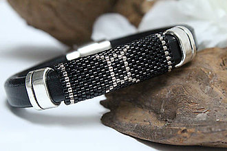 f9225a489 Handmade vecičky pre muža šperky pre mužov korálkové Náramky / SAShE.sk