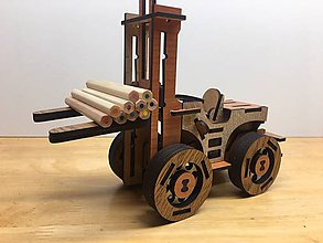 Hračky - Drevený vysokozdvižný vozík s personalizovanou ŠPZ - 10351352_