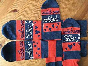 """Obuv - Set maľovaný pásikavých ponožiek s nápisom: """"našla(/našiel) som poklad /našla(/našiel) som teba"""" - 10355144_"""