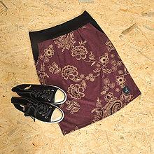 Sukne - Tepláková sukně se zlatými květy, zeštíhlující... - 10351798_