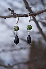 Náušnice - Zeleno-čierne mramorové - 10358177_