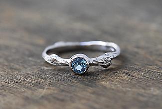 Prstene - Vetvičkový so zafírom - 10359818_