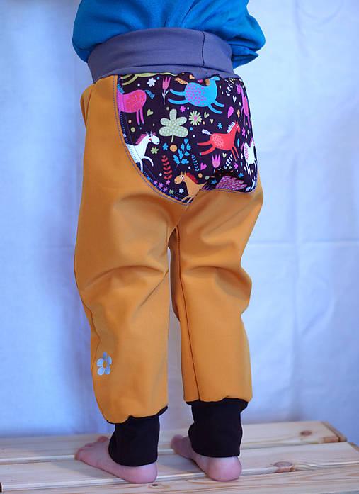 08244c701482 Koníky...softshellové nohavice 92   melia - SAShE.sk - Handmade ...