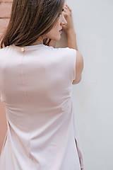 Šaty - Rovné šaty s bočnými vreckami ROSE COLLECTION   ( pôvodná cena 39 € ) (M) - 10360254_