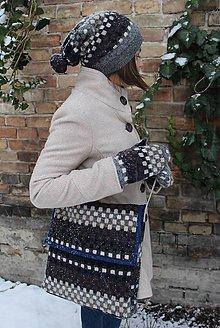 Čiapky - Kockovaná súprava zo svetra (taška, čiapka, rukavice) - 10360811_
