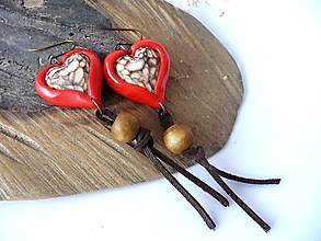 Náušnice - červené srdiečka-za lipou - 10360225_