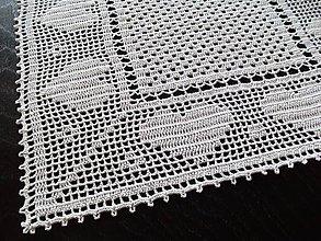 Úžitkový textil - *** Srdiečkovo - biely háčkovaný  behúň *** - 10362687_