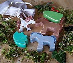 Hračky - Drevené hračky - Rodinka Koníka Pejka - 10365428_