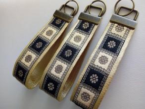 Kľúčenky - Kľúčenka - zlatá - 10365545_