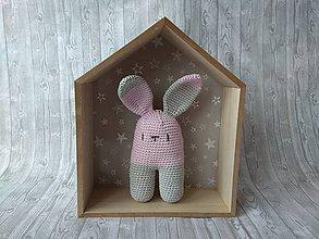 Hračky - Háčkovaný zajačik (Svetlo ružovo sivý zajko) - 10366154_