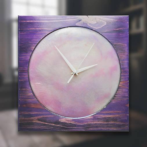 Violet Pearl - Živicové drevené hodiny