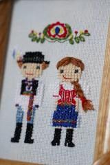 Obrázky - Dvojica v kroji - vyšívaný portrét - 10363961_