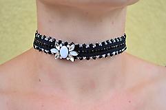 - VÝPREDAJ! Soutache náhrdelník Romantický choker...čierno-biely - 10370637_