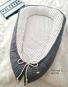 Textil - Hniezdo pre bábätko z vafle bavlny v sivej kombinácií - 10368703_