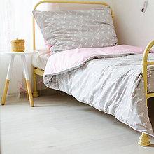 Úžitkový textil - Posteľné obliečky s jednorožcami - 10367710_