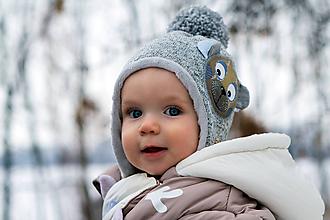 Detské čiapky - Originálna ušianka s mackom - 10368803_