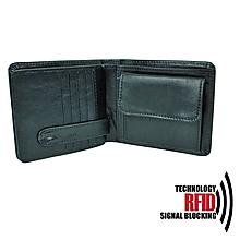 Tašky - Ochranná pánska kožená peňaženka v čiernej farbe - 10369182_