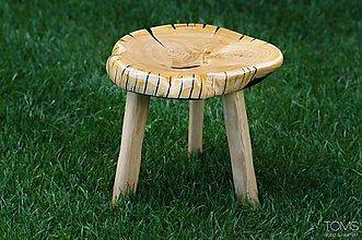 Nábytok - Taburetka z čerešňového dreva a živice - 10369535_
