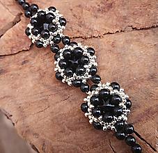 Náramky - Šitý náramok z rivoli Swarovski, čierno-strieborný,chirurgická oceľ - 10368431_