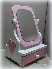 Zrkadlá - Rozprávkové 50 cm veľké zrkadlo - Srdiečko (Svetlo - Ružová) - 10373037_