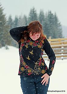 Tričká - Dámske tričko, maľované RUŽOVÉ SRDCE - 10372814_