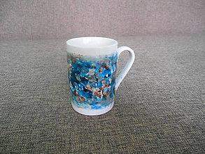Nádoby - porcelánová šálka maľovaná  a dekupáž - 10370817_