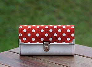 Peňaženky - Peněženka puntík bílá, 18 karet, na fotky - 10371772_