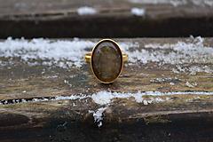 Prstene - Labradorit pozlátený prsteň zo striebra - 10371663_