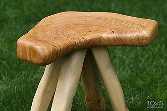 Nábytok - Taburetka z čerešňového dreva - 10373407_