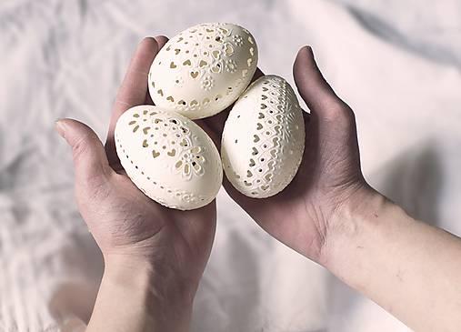 Dekorácie - Husacie vŕtané biele - 10373531_