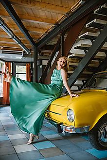 Šaty - Dlhé zelené viskózne šaty - 10371676_