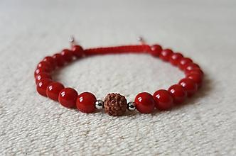 Náramky - Náramok z červených perál z mušlí - 10372182_