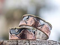 Prstene - Svadba s nadhľadom  (Strieborný základ, zlaté hory a zdobenie) - 10378357_