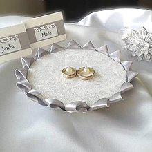 Prstene - Strieborná podložka pod svadobné prstienky - 10378231_