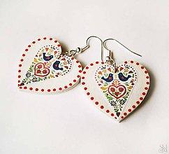 Náušnice - Farebné folklórne srdcové náušnice s bodkami - 10377889_