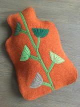 Úžitkový textil - Termofor v oranžovom -originálna ozdobná ohrievacia fľaša - 10375004_