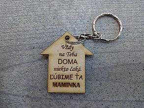 Kľúčenky - Drevená kľúčenka - 10378251_