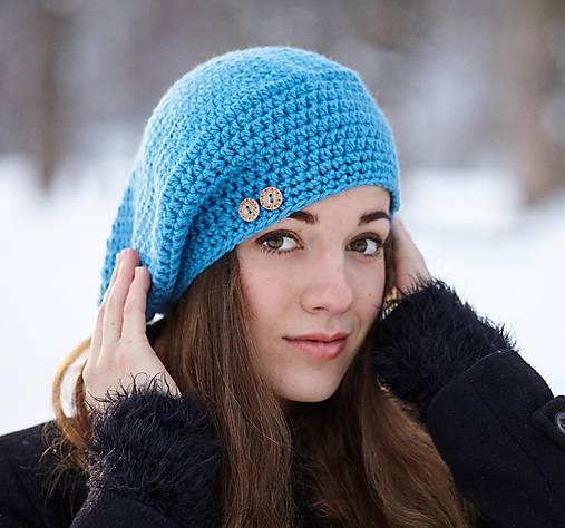 Modrá baretka