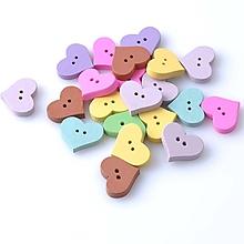 Galantéria - drevený gombík srdce,dvojdierkový - 10376499_