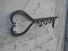 Nábytok - Vešiak na kľúče -Klobi- - 10377660_