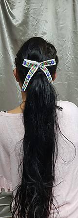 Folková ozdoba do vlasov, hrebienok s mašľou