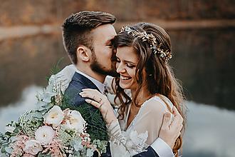 Ozdoby do vlasov - Glamour svadobná korunka