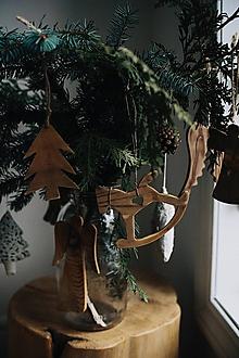 Dekorácie - Hojdací drevený koník (Biela) - 10381596_