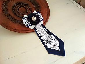 Odznaky/Brošne - Dámska kravata/brošňa pod golier...Folklórna modro-biela - 10381918_