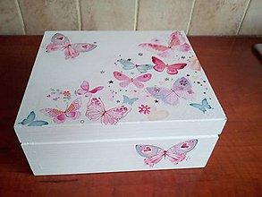 Krabičky - Lovely Butterflies pre malé slečny - 10382702_