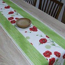 Úžitkový textil - MAKY so zelenou - stredový obrus - 10382322_